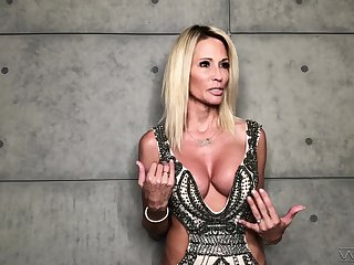 Fucking hot porn actress Jessica Drake gives an interview