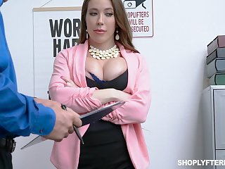 Milf kleptomaniac Bianca Burke gets fucked and jizzed by attach guy