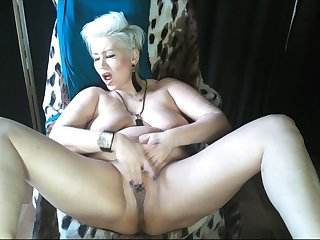 Mature slut AimeeParadise is the Queen of bitch orgasms .!.