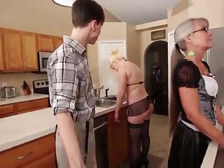 Maw and Stepsis Three-Way after brainwash - Leilani Lei Fifi Foxx